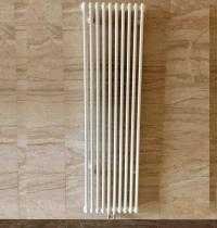 Вертикальные радиаторы Purmo Delta Laserline DL 2180 с нижней центральной подводкой MR
